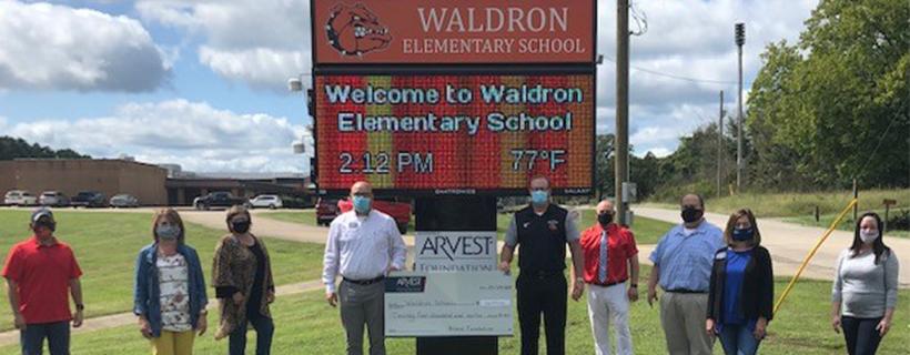 Waldron Public Schools Receive Arvest Foundation Grant